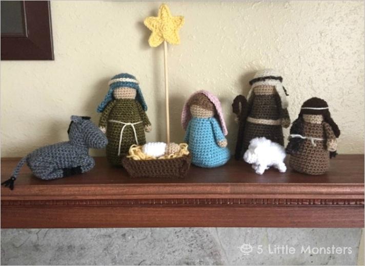 crocheted nativity setml