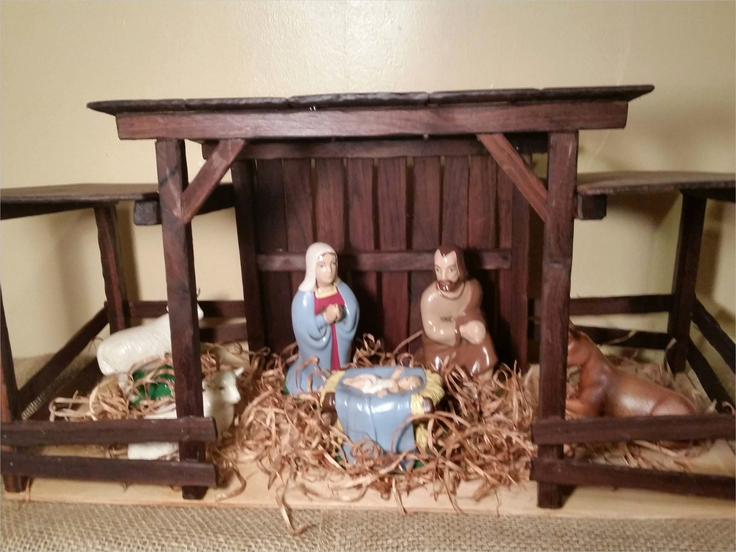 reclaimed wood nativity stable creche