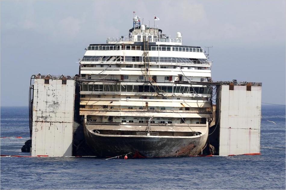 vessel COSTA CONCORDIA