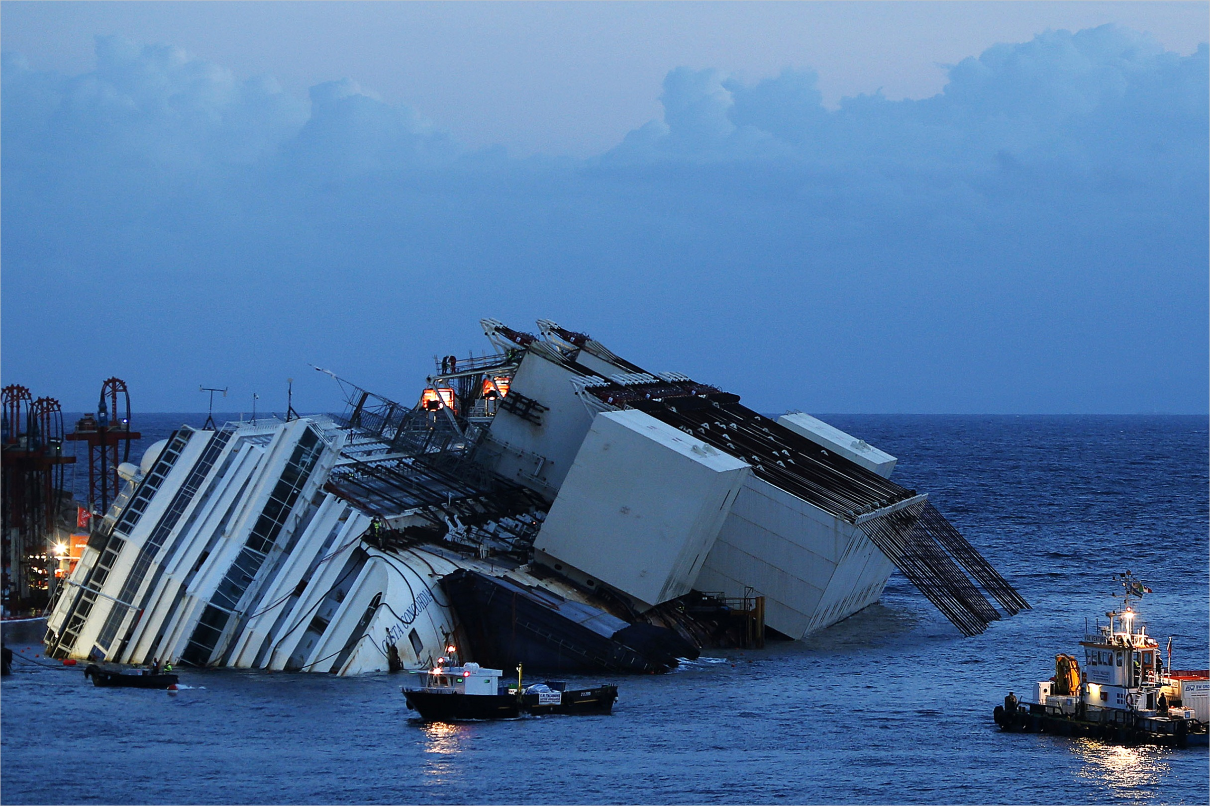 i survived a deadly shipwreck costa concordia passengers tell their stories