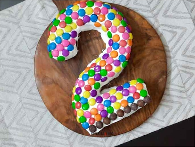 how to make an easy number 2 birthday cake