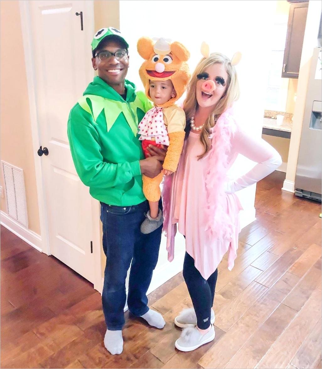 Family 3 Halloween Costumes