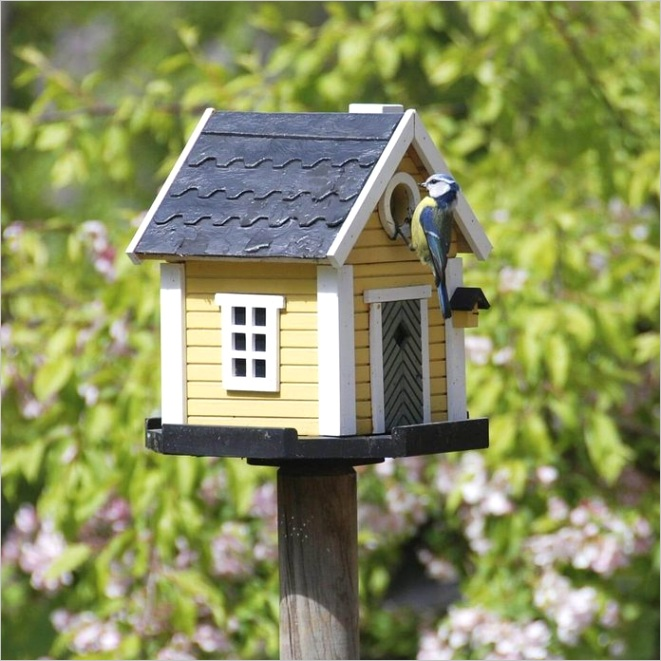 16 seriously cool birdhouses