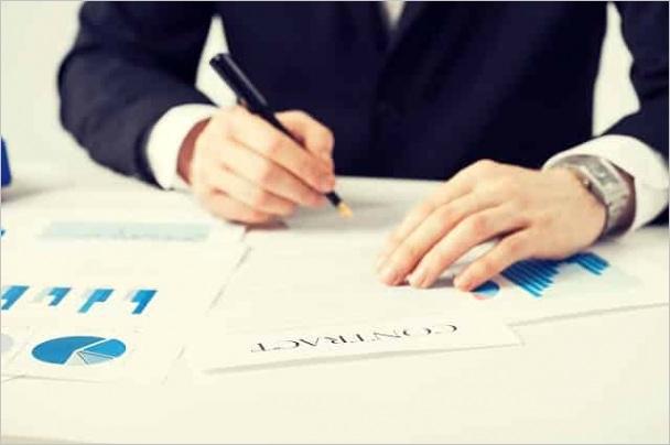 management contract definition